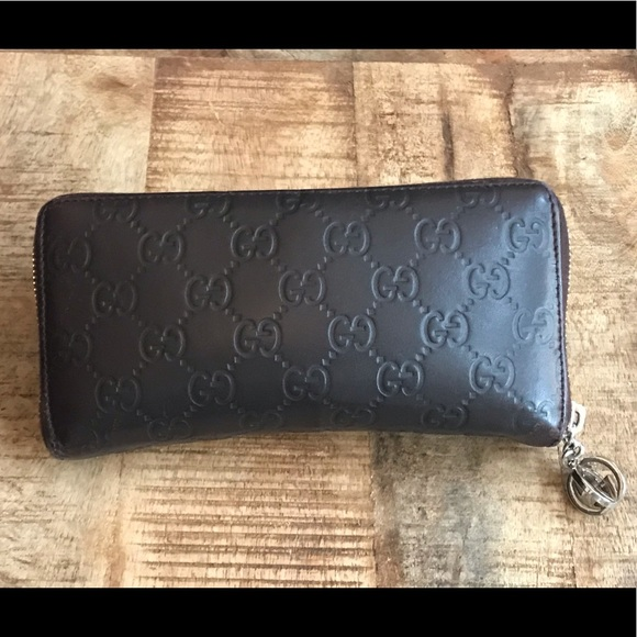 249f0197a5c544 Gucci Bags | Auth Signature Leather Zip Around Wallet | Poshmark